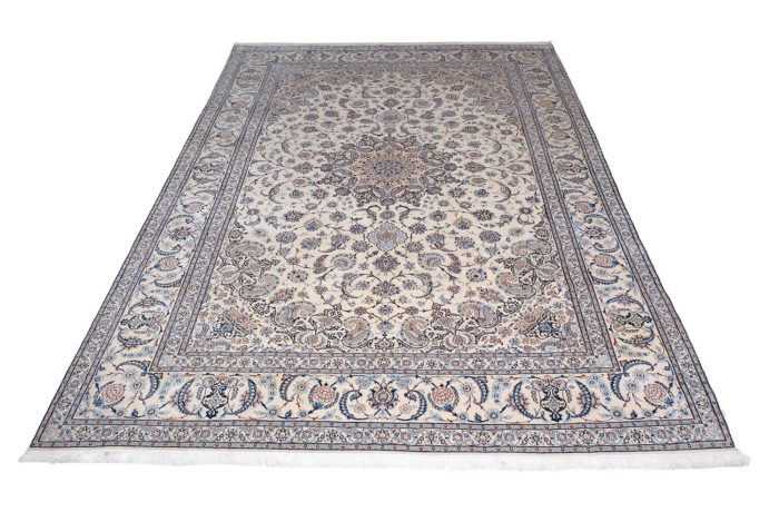 Antique Silk Persian – Nain 6 La