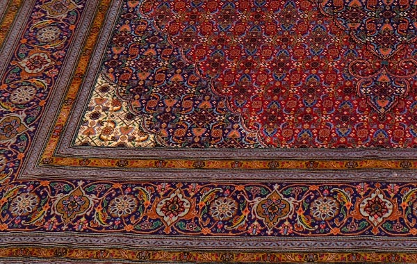 Collectable & Silk – Tabriz