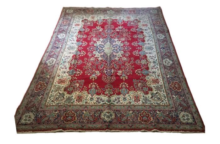 Pre-Owned Carpet 1